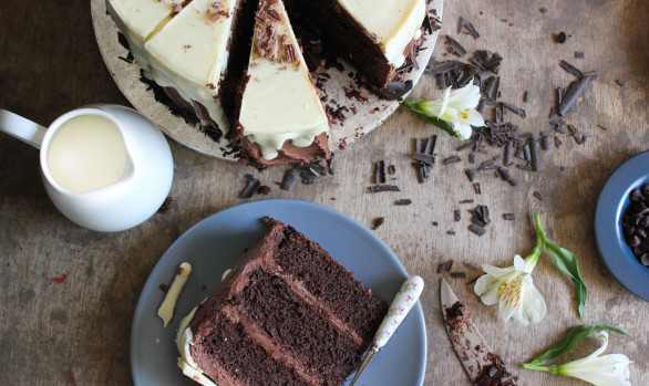 Croeso i Chocolate Layer Cake